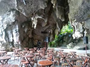 Jaskinia w Dolinie Vinales